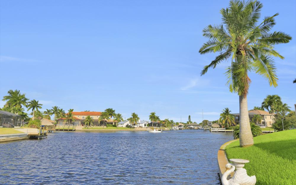 1405 SW 50th St Cape Coral - Home For Sale 436498502