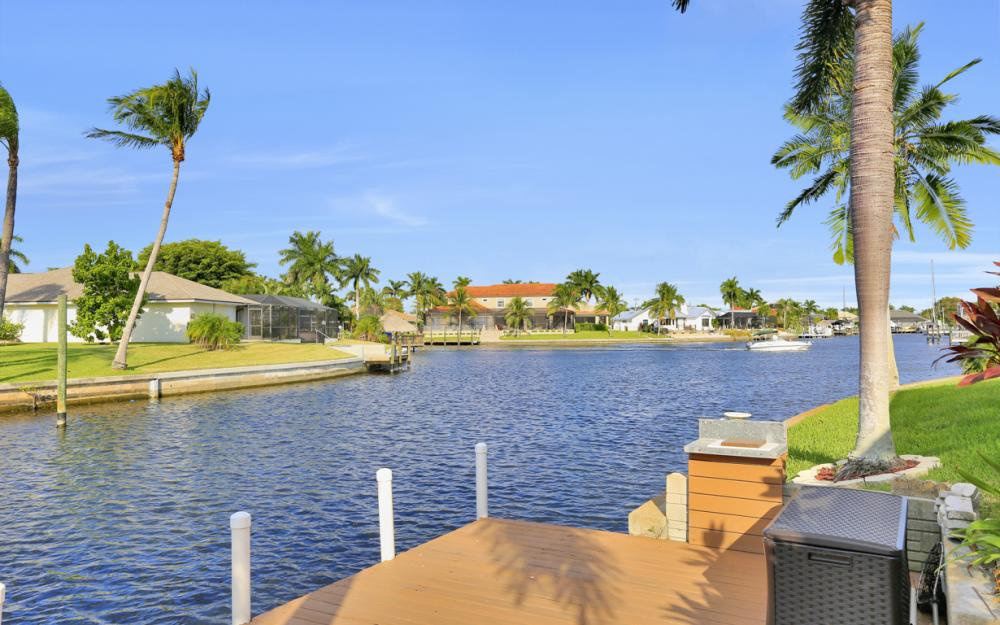 1405 SW 50th St Cape Coral - Home For Sale 1701906522