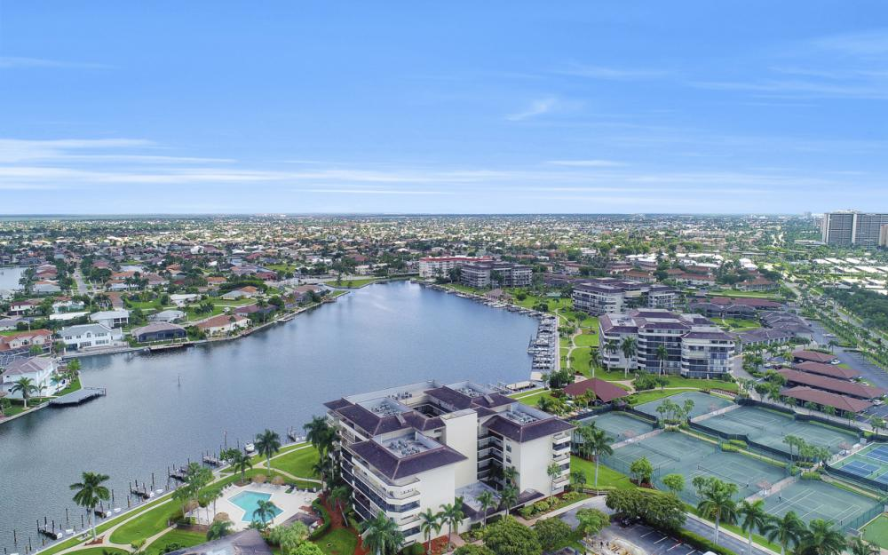 591 Seaview Ct  #A-612, Marco Island - Condo For Sale 2021480362