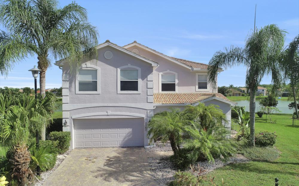 2781 Amberwood Ct, Naples - Home For Sale 637200196