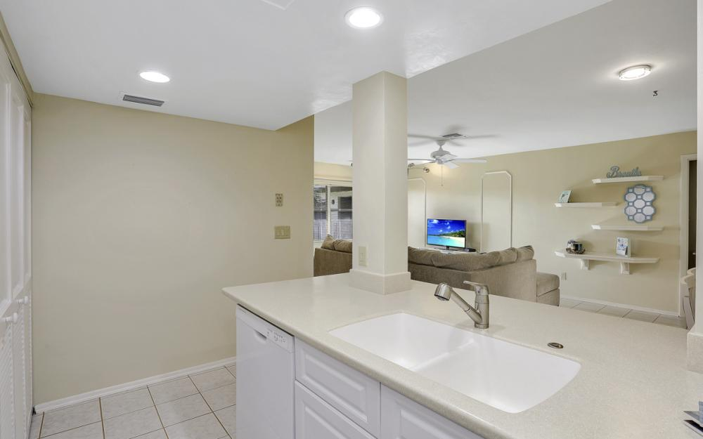 13264 White Marsh Ln #36, Fort Myers - Condo For Sale 500143378