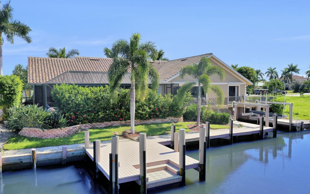 212 Windbrook Ct, Marco Island - Home For Sale 601635536