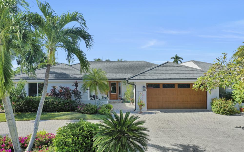 1784 Wavecrest Ct, Marco Island - Home For Sale 608871781
