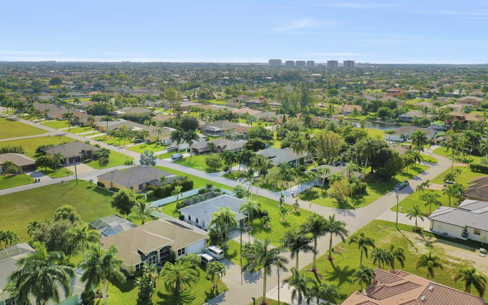 4625 SW 22nd Pl, Cape Coral - Home For Sale 273685012