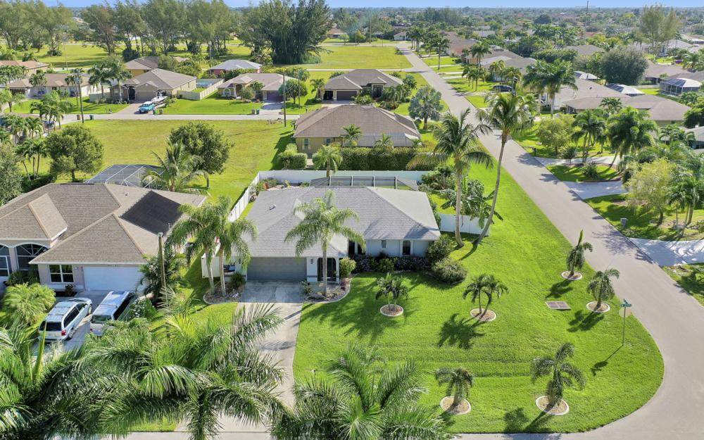 4625 SW 22nd Pl, Cape Coral - Home For Sale 547718551