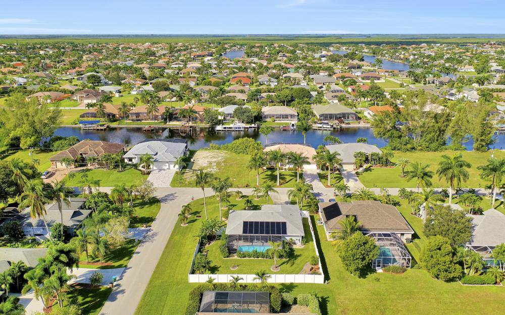 4625 SW 22nd Pl, Cape Coral - Home For Sale 1704149601