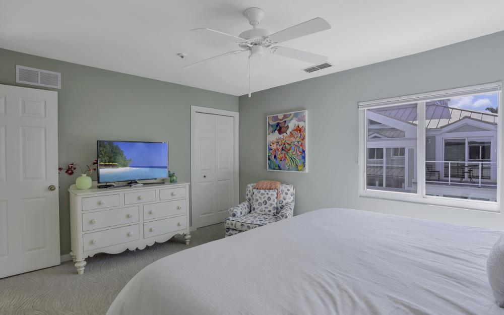 180 6th Ave S, Naples - Luxury Vacation Rental 393925089