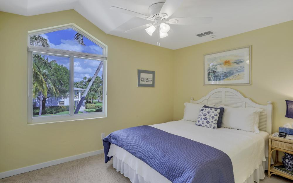 180 6th Ave S, Naples - Luxury Vacation Rental 421628183