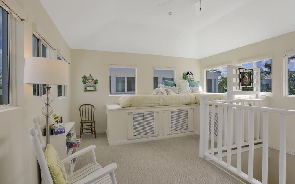 180 6th Ave S, Naples - Luxury Vacation Rental 272163397