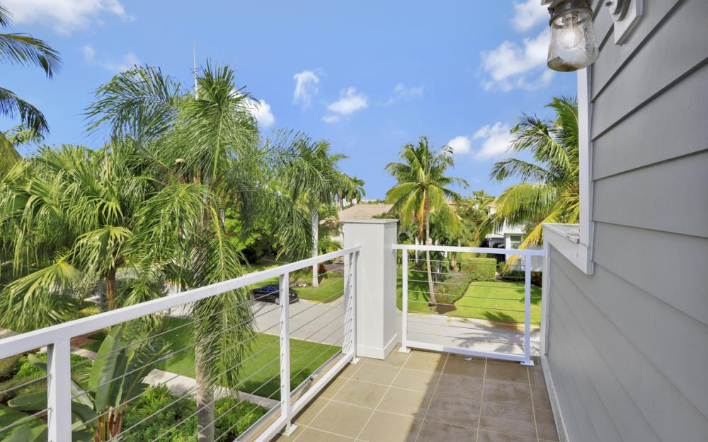 180 6th Ave S, Naples - Luxury Vacation Rental 1112553579