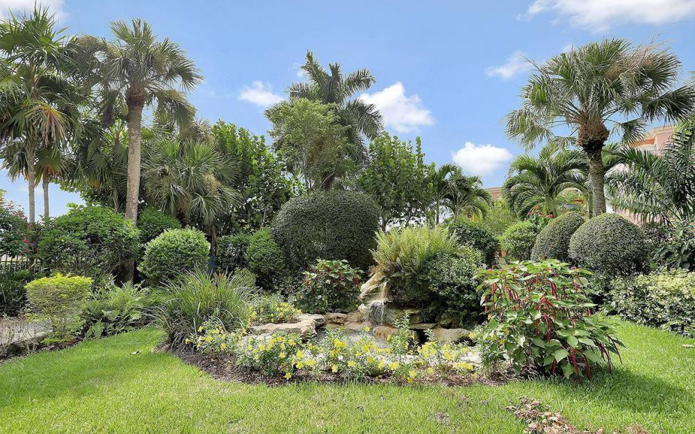 14815 Laguna Dr #402, Fort Myers - House For Sale 10844214