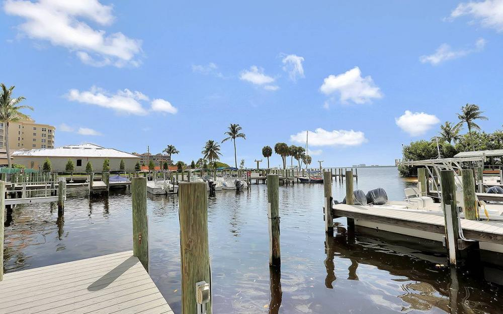 14815 Laguna Dr #402, Fort Myers - House For Sale 1132034558