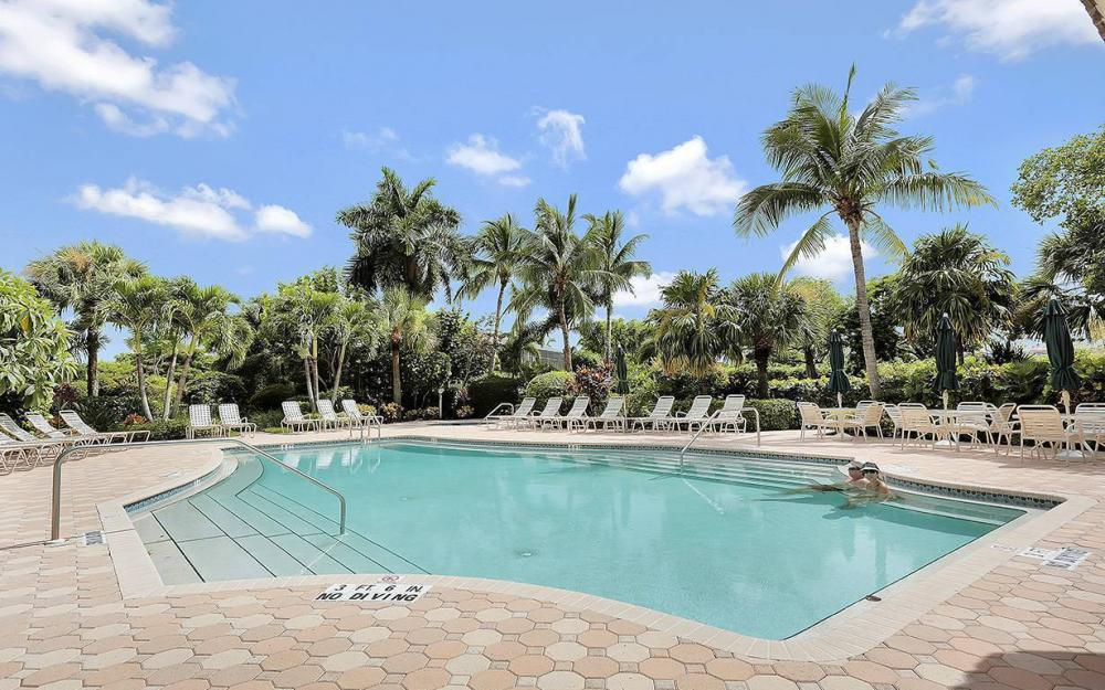 14815 Laguna Dr #402, Fort Myers - House For Sale 1710816576