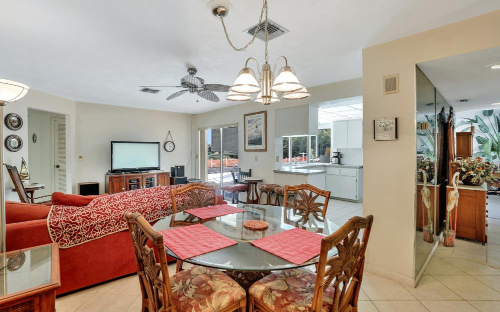 251 Shadowridge Ct, Marco Island - Home For Sale 372118984