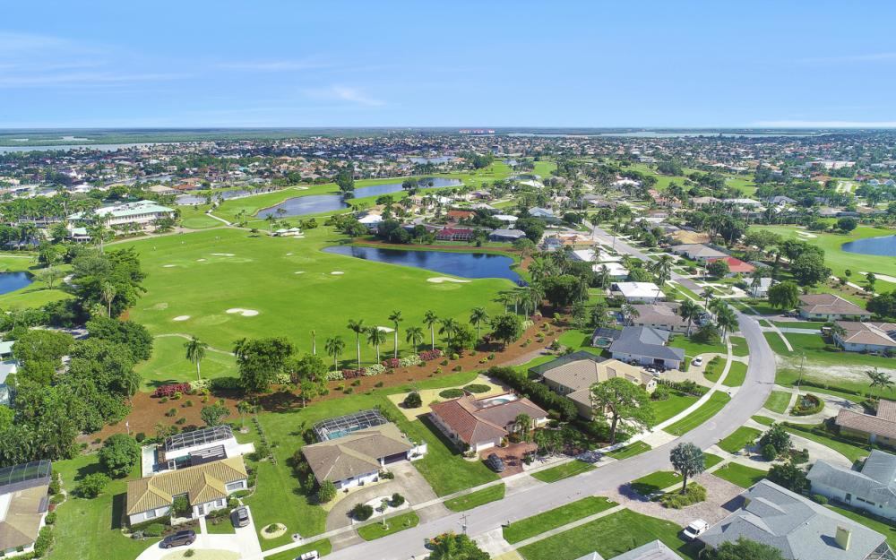 251 Shadowridge Ct, Marco Island - Home For Sale 733586672
