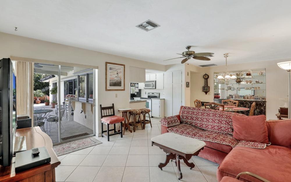 251 Shadowridge Ct, Marco Island - Home For Sale 718421135