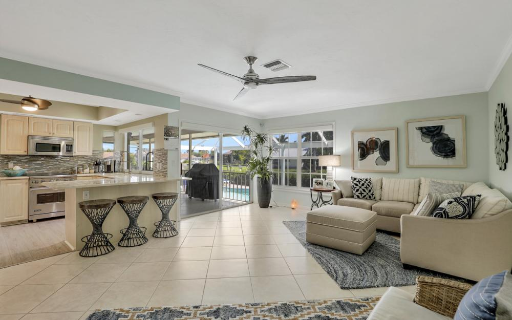 931 Ship Ct Marco Island - Home For Sale 2146053092