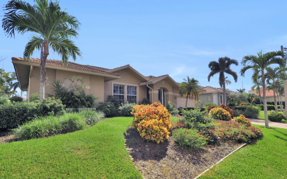 931 Ship Ct Marco Island - Home For Sale 1977219453
