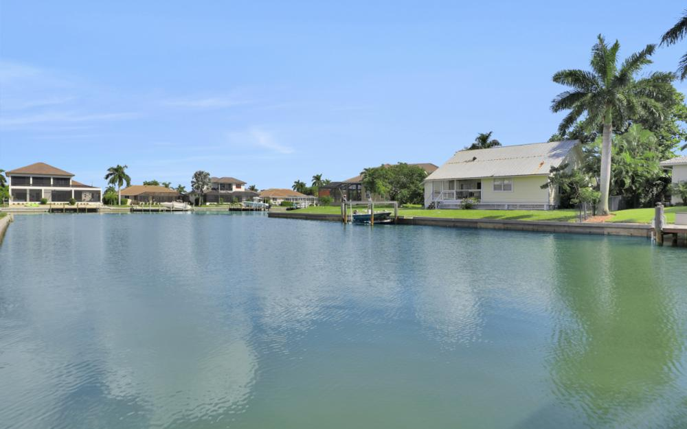931 Ship Ct Marco Island - Home For Sale 863244304