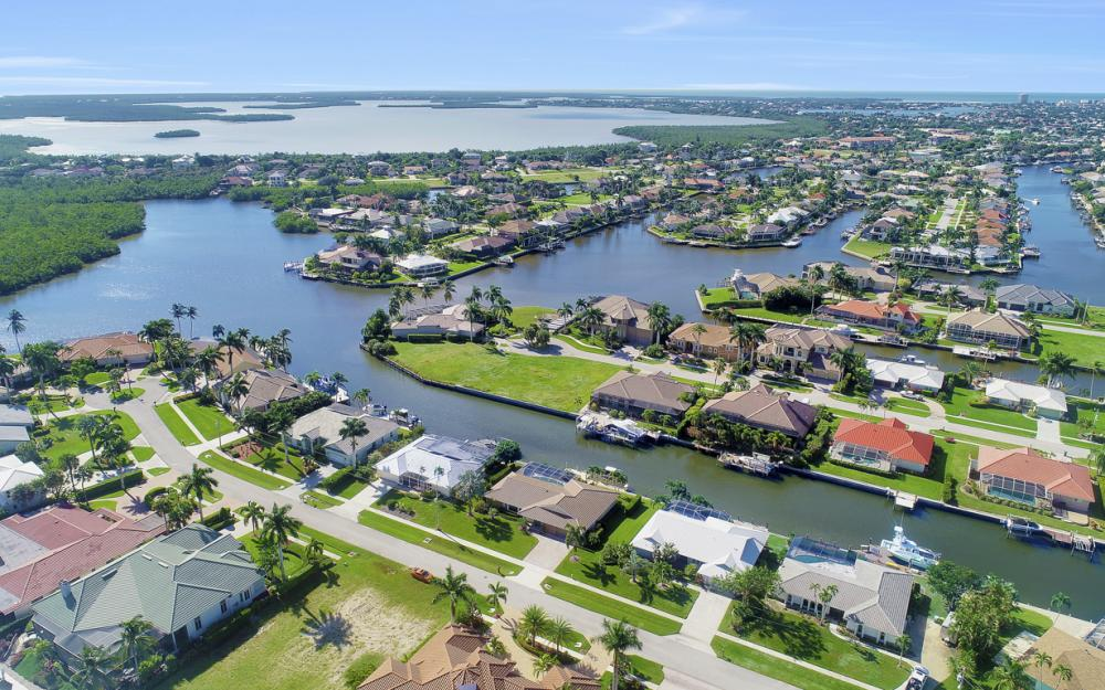 154 Stillwater Ct, Marco Island - Home For Sale 831296349
