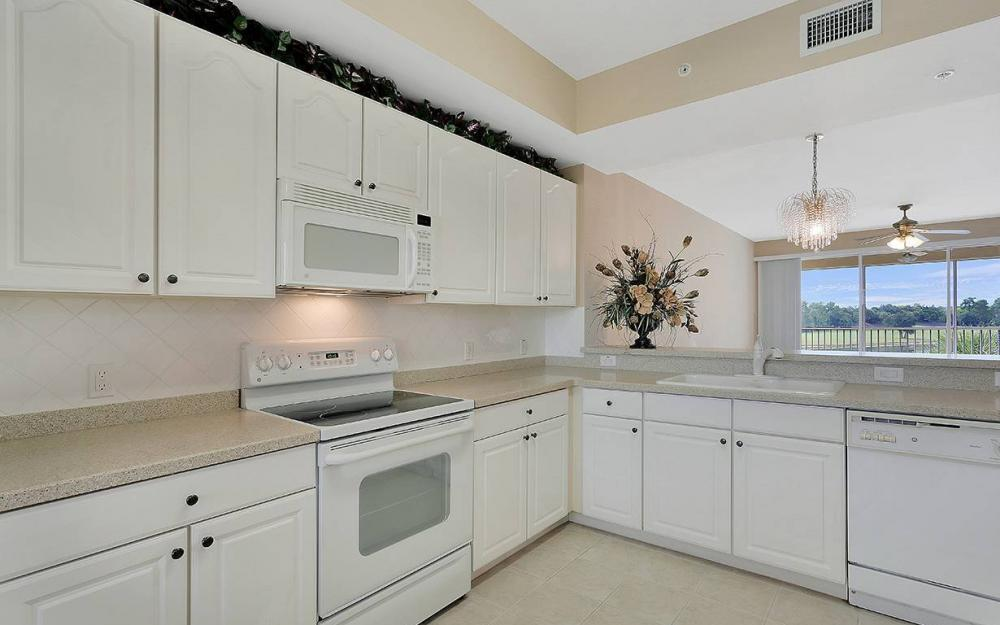10730 Ravenna Way #303, Fort Myers - House For Sale 405942181