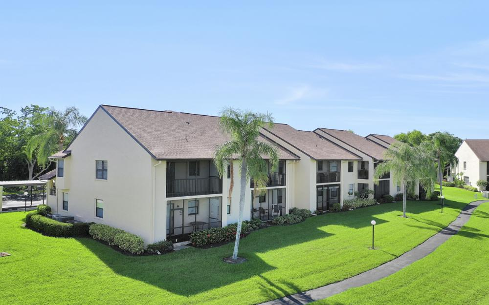 8565 Charter Club Cir #10, Fort Myers - Condo For Sale 350139597