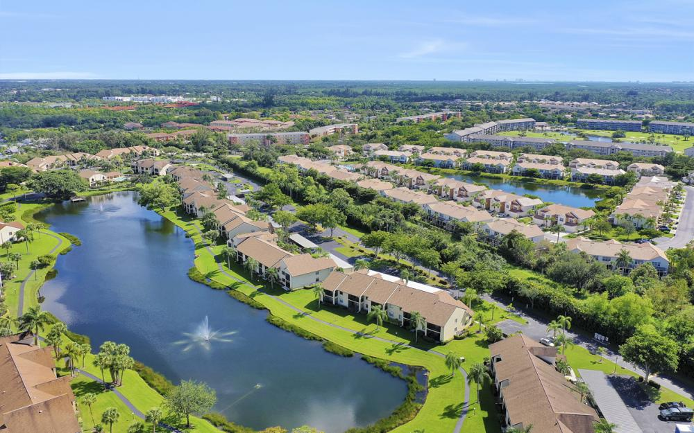 8565 Charter Club Cir #10, Fort Myers - Condo For Sale 2139840692