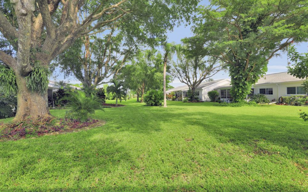 1313 Myerlee Country Club Blvd, Fort Myers - Home For Sale 2093380934