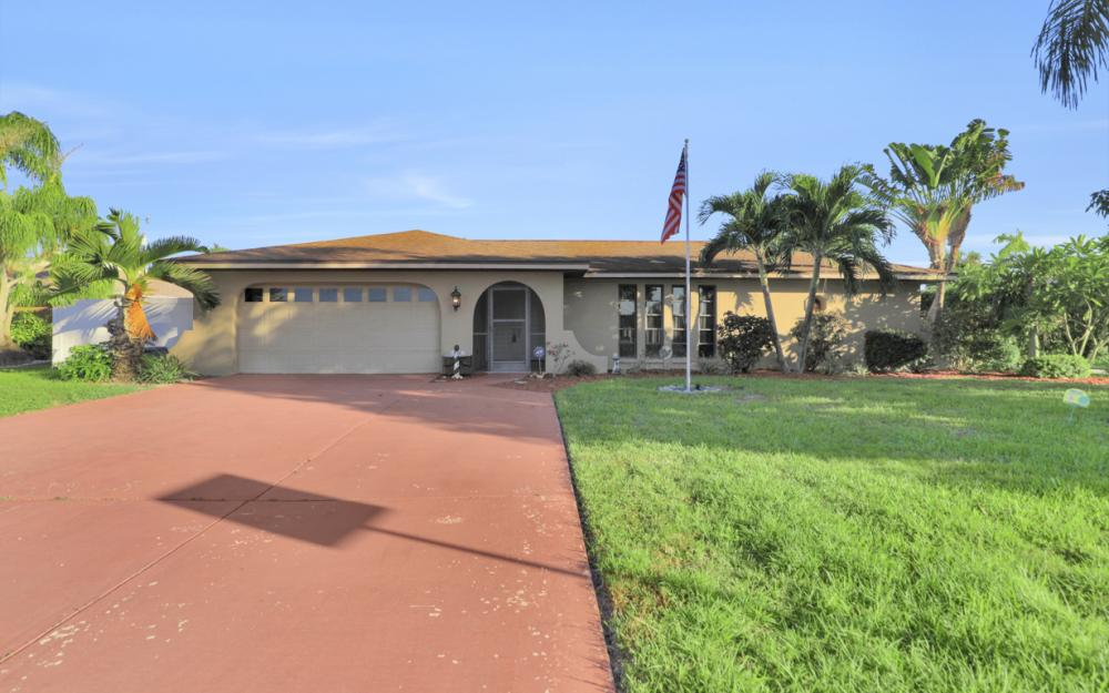 4231 Coronado Pkwy, Cape Coral - Home For Sale 877116874