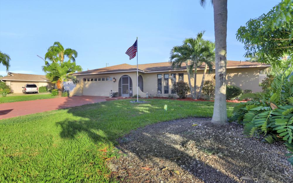 4231 Coronado Pkwy, Cape Coral - Home For Sale 2004139222