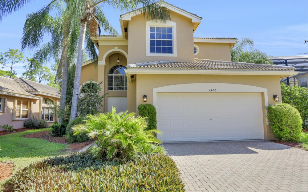 2400 Butterfly Palm Dr, Naples - Home For Sale 112573284