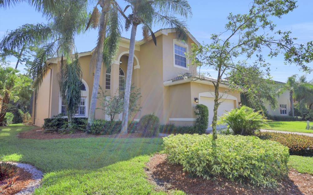 2400 Butterfly Palm Dr, Naples - Home For Sale 1696725798