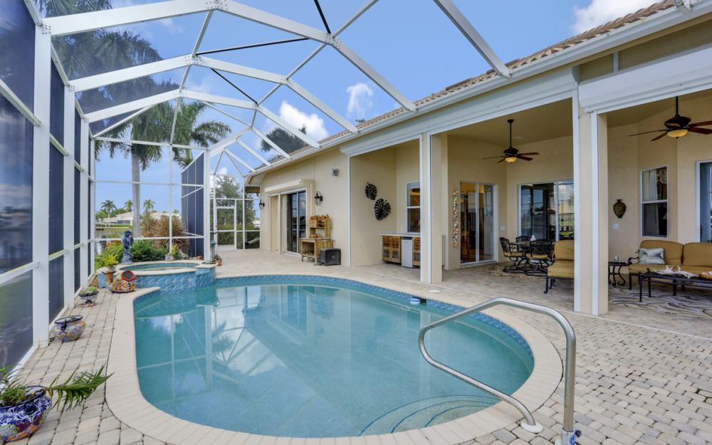 134 Windward Cay, Naples - Home For Sale 649478914
