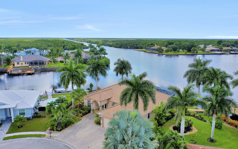 134 Windward Cay, Naples - Home For Sale 982723211