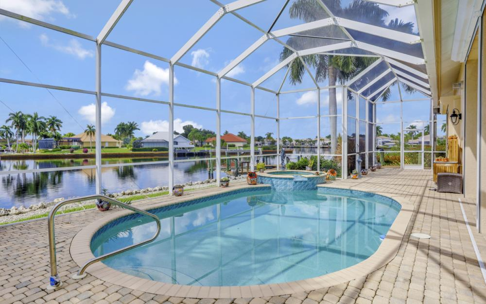 134 Windward Cay, Naples - Home For Sale 644595394