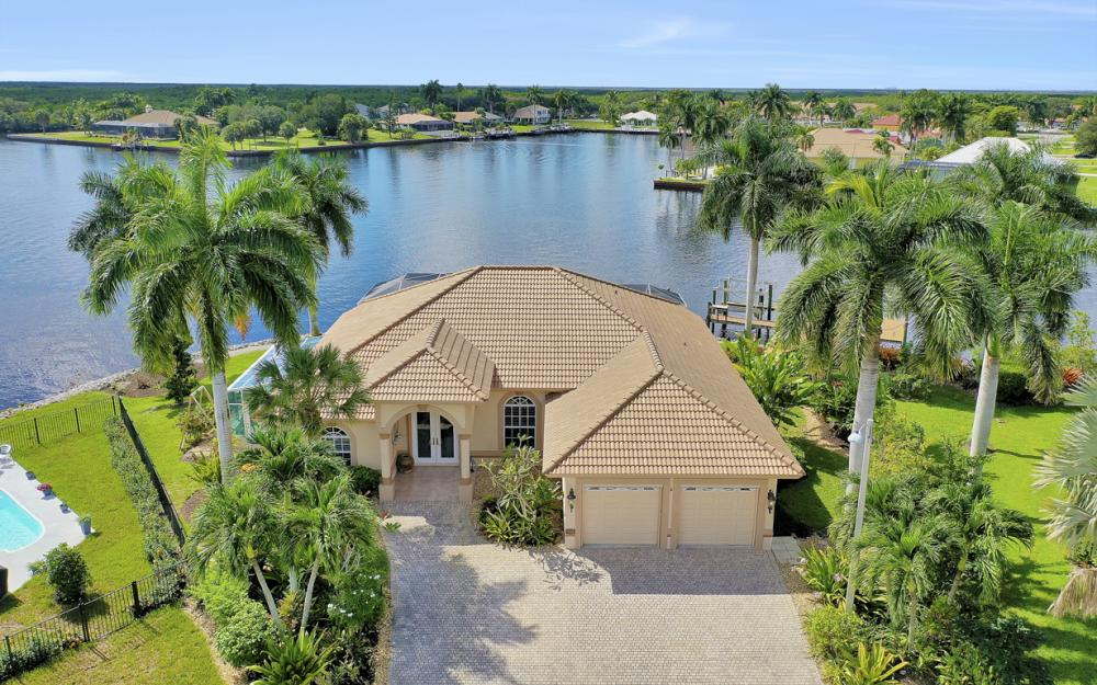 134 Windward Cay, Naples - Home For Sale 1604372667