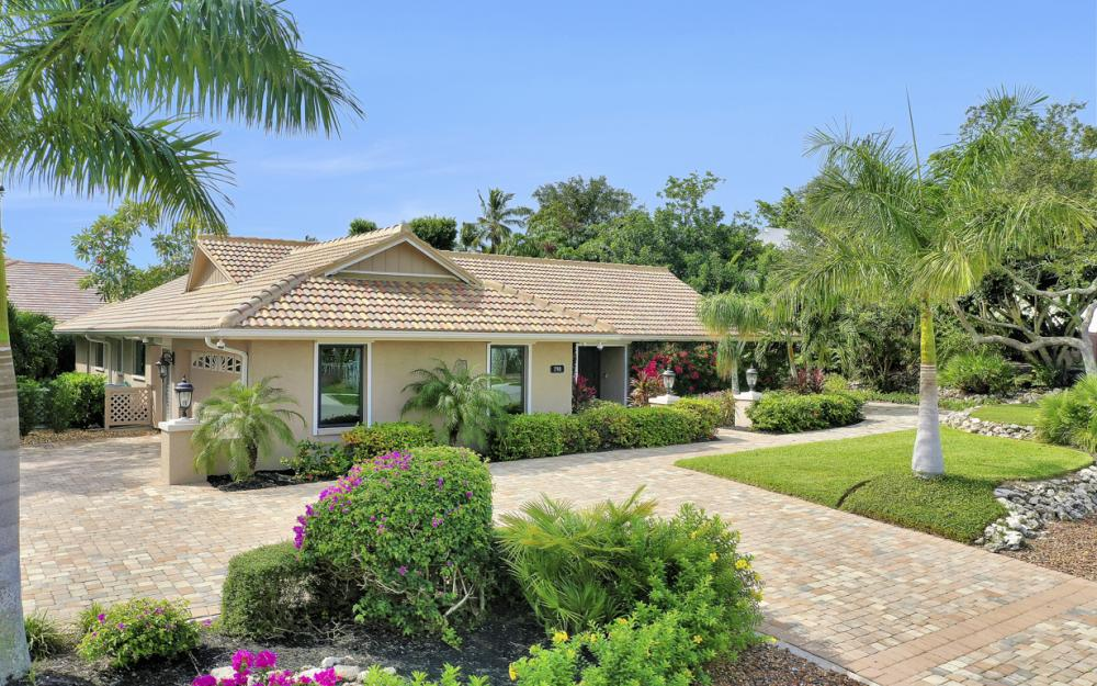 798 Caxambas Dr, Marco Island - Home For Sale 21703666