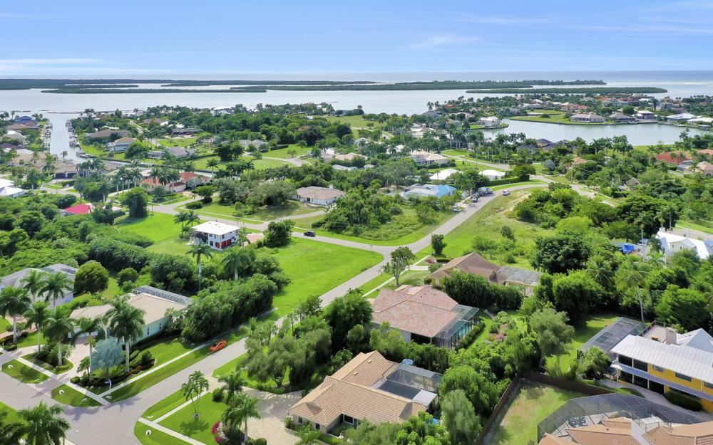 798 Caxambas Dr, Marco Island - Home For Sale 1173242429
