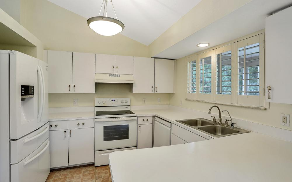 570 Jung Blvd W, Naples - Home For Salw 1569673051