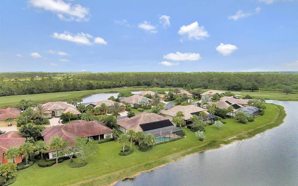 9279 Trieste Dr, Ft.Myers - House For Sale 983658069