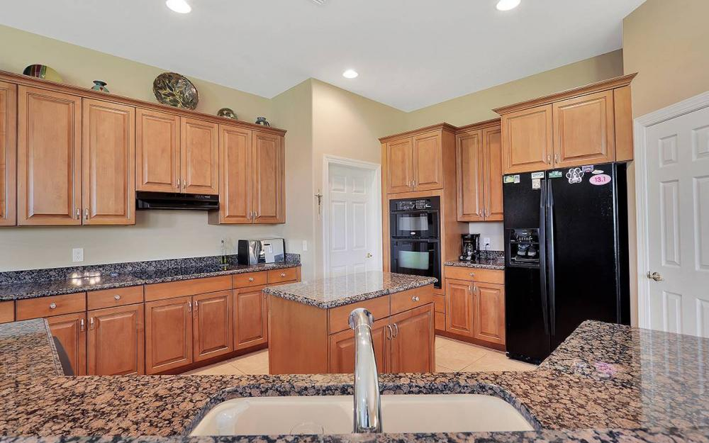 9279 Trieste Dr, Ft.Myers - House For Sale 2022875412