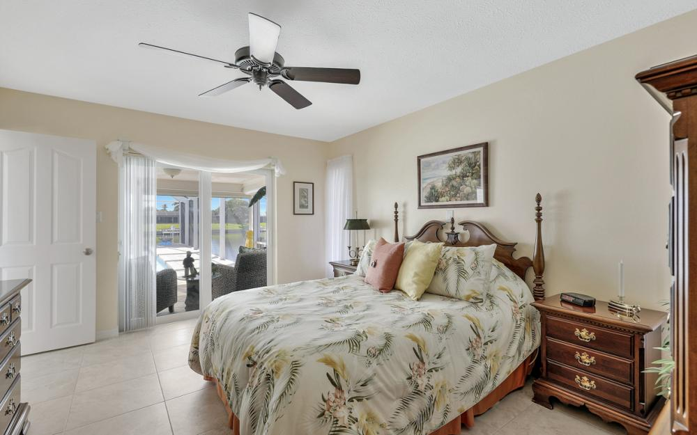 1002 SE 43rd St, Cape Coral - Vacation Rental 276661903