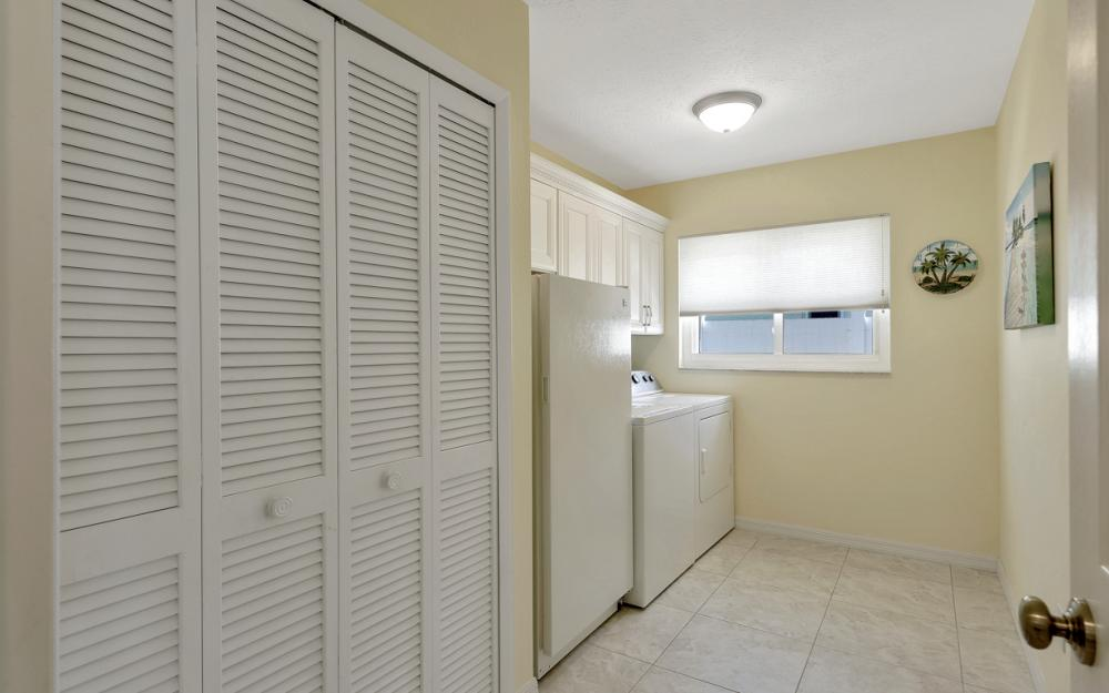 1002 SE 43rd St, Cape Coral - Vacation Rental 2103624115