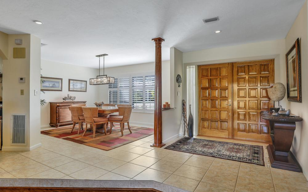 6122 Deer Run, Fort Myers - Home For Sale 248465818