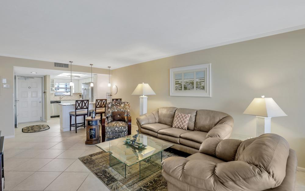 271 Southbay Dr #152 Naples - Condo For Sale 1096910441