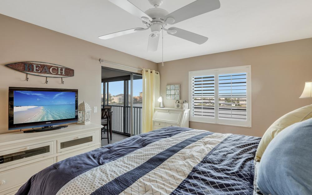 271 Southbay Dr #152 Naples - Condo For Sale 104567097