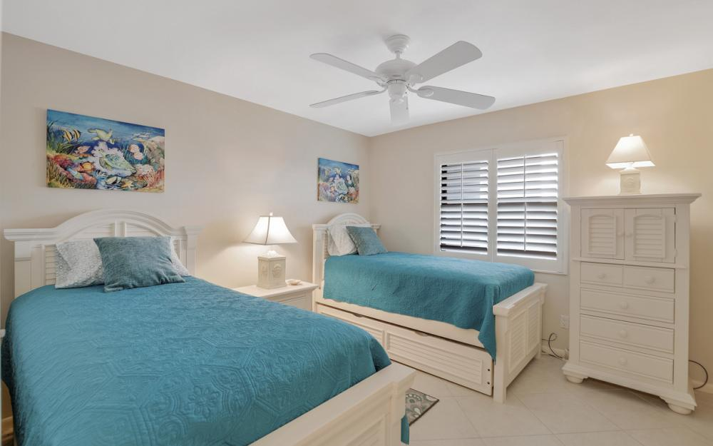 271 Southbay Dr #152 Naples - Condo For Sale 1064713117