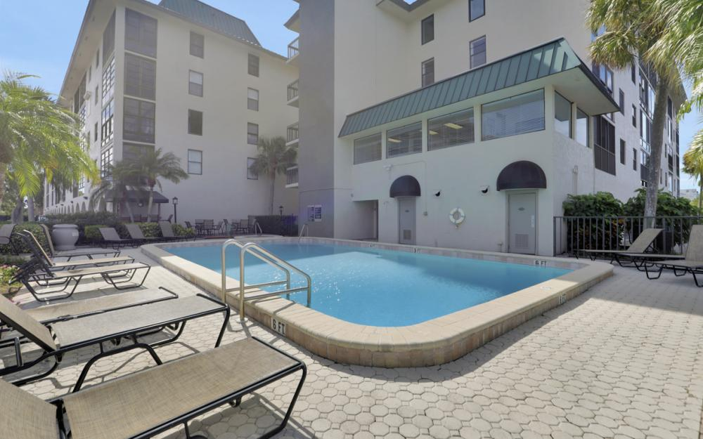 271 Southbay Dr #152 Naples - Condo For Sale 1834092941
