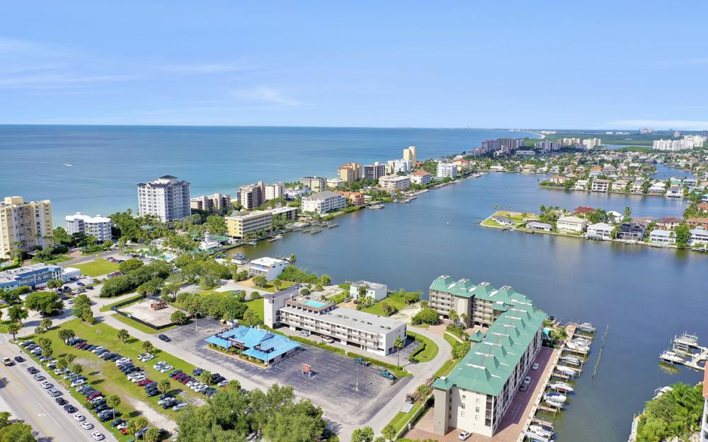 271 Southbay Dr #152 Naples - Condo For Sale 754617991