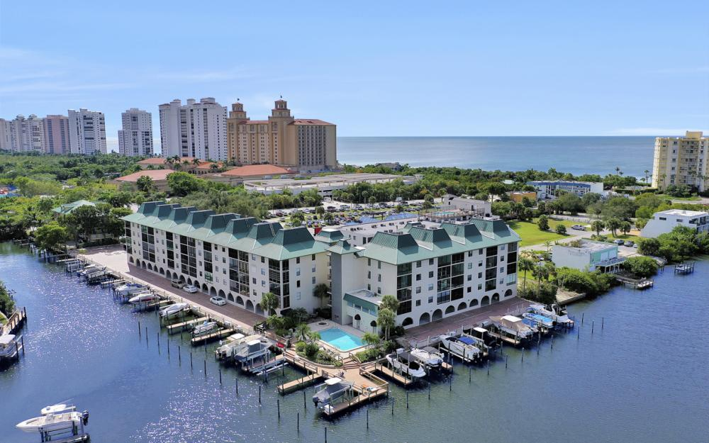 271 Southbay Dr #152 Naples - Condo For Sale 267488558